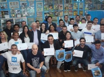 Finalización del primer curso gratuito para formación de árbitros de fútbol amateur.